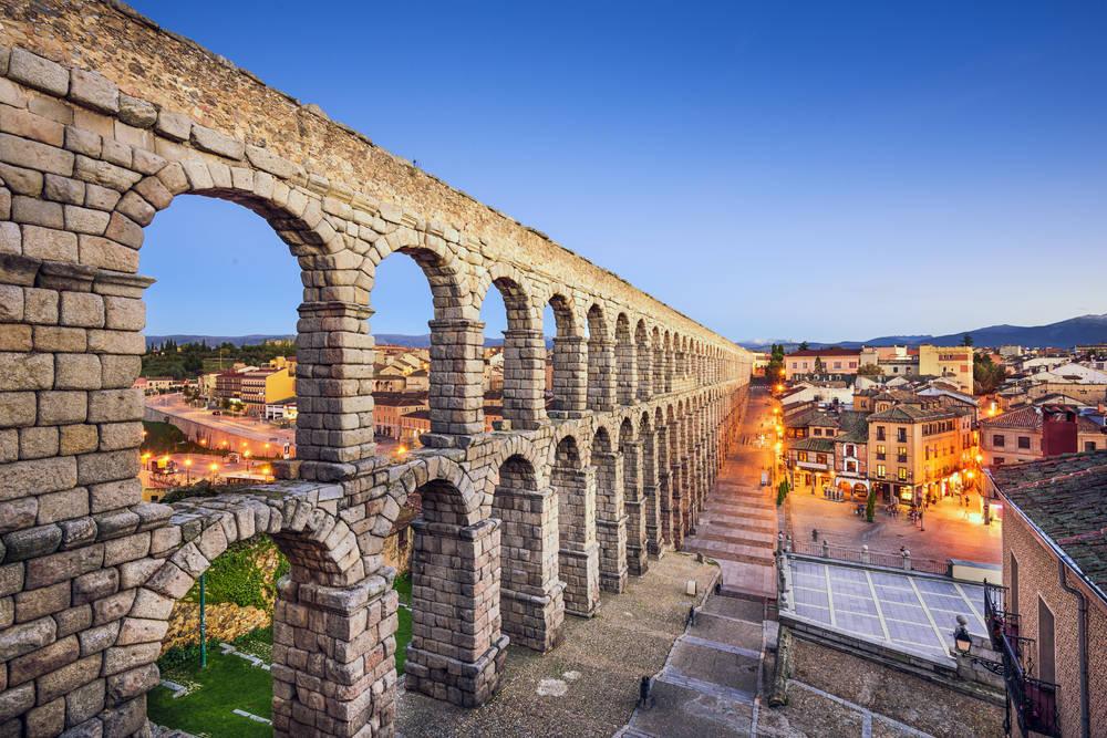 Vivir y dirigir un negocio en Segovia, un placer de la vida