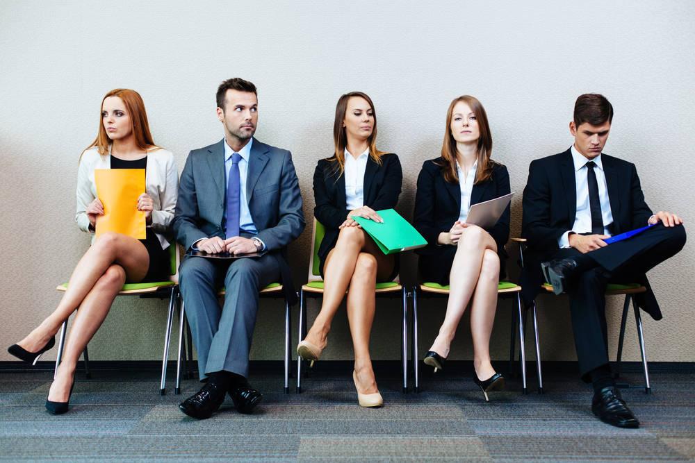 Encontrar trabajo depende del color de tu ropa