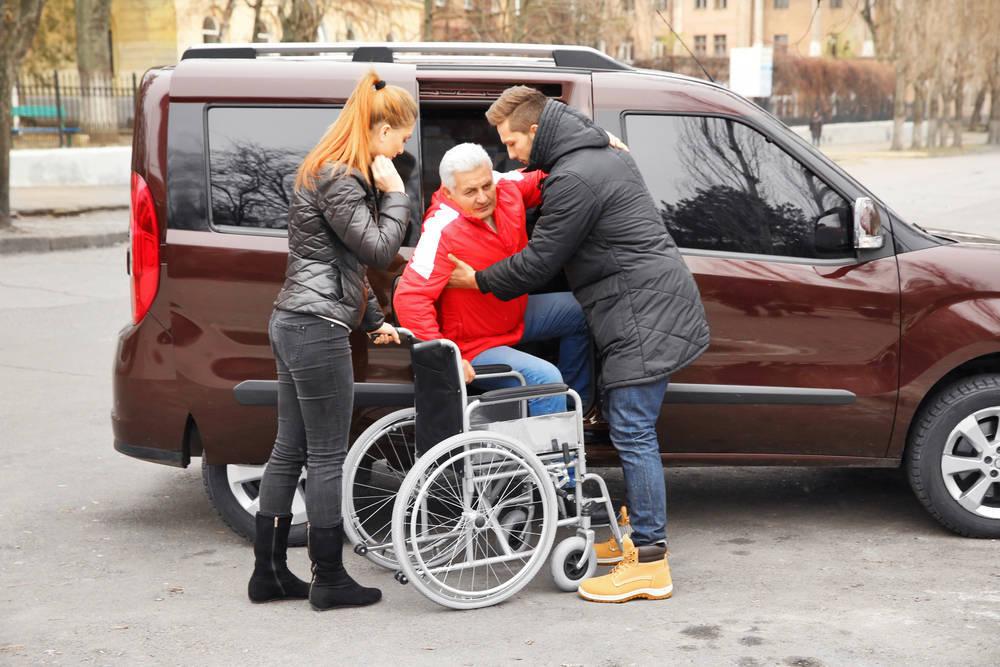 Cuidados para las personas dependientes, clave para el bienestar de los mayores