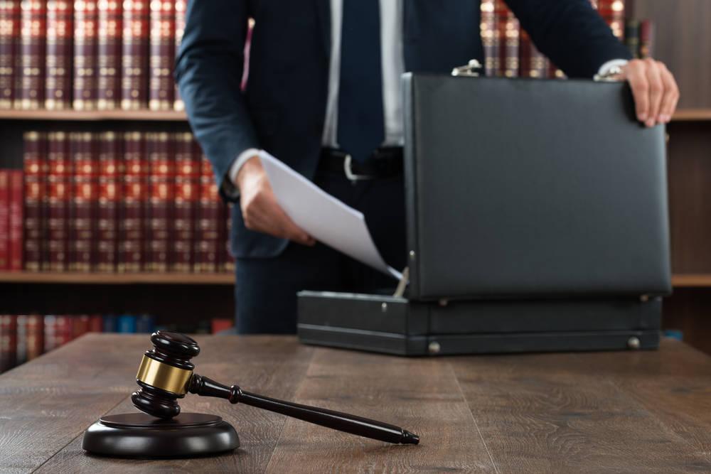 Reclamar deudas sin abogado no es tan buena idea