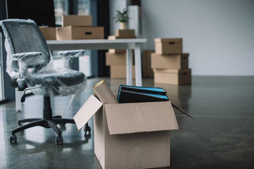 Mudanza de una empresa, ¿a mano o contratarlo?